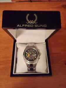 Alfred Sung Watch Cambridge Kitchener Area image 2