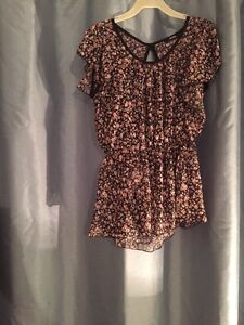 Haut floral 5$ small