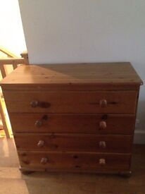 Chest of drawers - four drawer