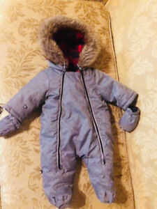 BRAND NEW Baby jacket/winter suit 0-3 months