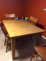 Wood dining/kitchen table