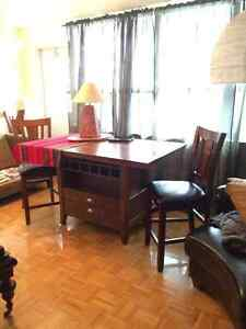 Bar style dining table ..4 chairs included