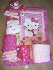 Hello Kitty crib set