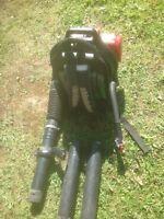 Gas power leaf blower