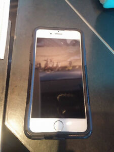 Iphone 6 64gb white with case and screen protetor