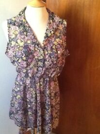 Size 14 chiffon feel floral dress