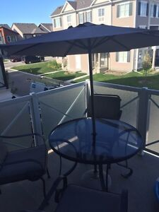 Patio for sale $60 (3chairs)