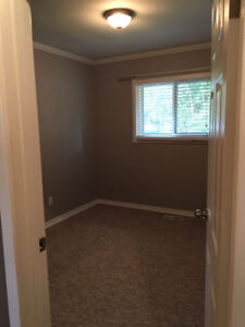 Single Room for Rent in Clean Home!