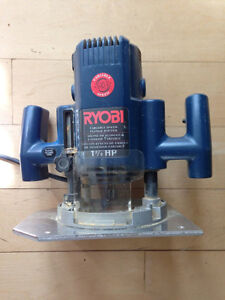 Ryobi Router RE175 Variable Speed Plunge