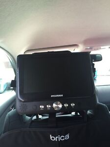 """Sylvania dual screen car 9"""" DVD"""