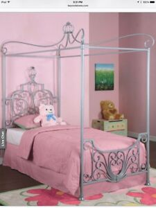Princess canopy bed - twin