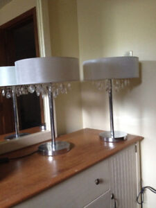 2 end table lamps with matching floor lamp