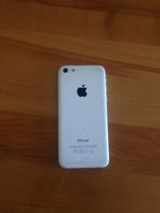 iPhone 5c for part West Island Greater Montréal image 2