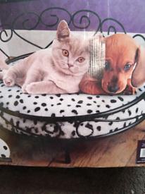 Pet Boudoir Bed unused BNIB.