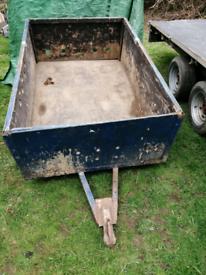 Box / car trailer