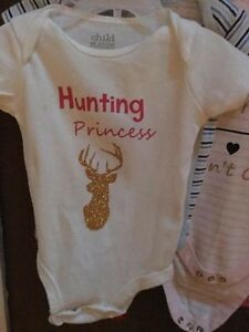 Custom onesies/shirts!!