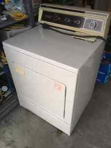 Whirlpool Dryer - approximately 20 years old (WORKS)
