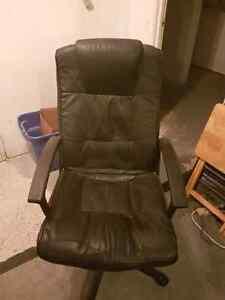 Chaise Ordinateur / Computer Chair