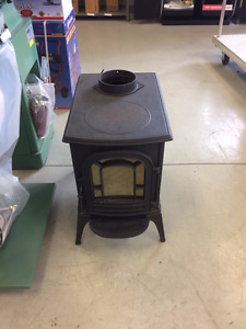 Wood Stove - Vermont Castings Aspen Model