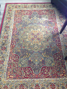 """Oriental style woven decorative rug 63""""x89""""- Excellent condition"""