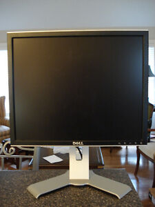 dell 19 39 monitor 1907fpc lcd monitors markham york region kijiji. Black Bedroom Furniture Sets. Home Design Ideas