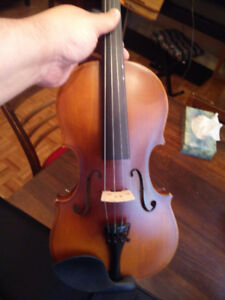 Violin with FREE case, bow and rosin, sold by violin instructor