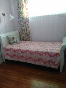 Twin girls solid wood bed