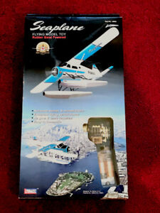 LYONAEEC 36004 Seaplane Rubber Band Powered Flying Model Toy