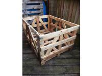 Builders industrial wooden pallet crate