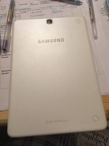 Samsung P550 with Android  London Ontario image 1