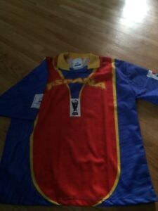 Spain soccer jersey size XL