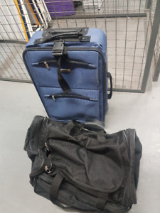 luggage / carry-on bag