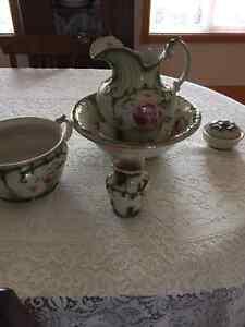 antique  basin jug set with accessories Peterborough Peterborough Area image 1
