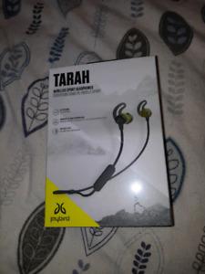 Tarah Jaybirds Earbuds