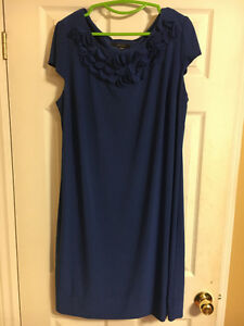 Blue Dress with Collar Detail- 18W
