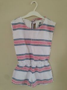 One-piece suit for a girl, size 5Y
