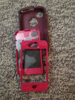 Pink/purple Otterbox Defender phone case for IPhone 4s