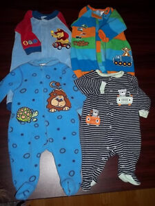 3 MONTH BABY CLOTHES 4 PCS WARM PAJAMAS Peterborough Peterborough Area image 1