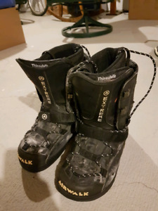 Airwalk snow board boots (size 10)