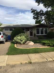 1752 91st street,  North Battleford, Sk