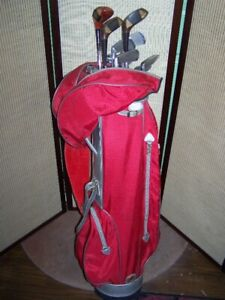 RAMPTION GOLF BAG WITH 10 RH CLUBS AND 12 BALLS