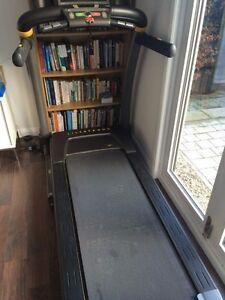 LiveStrong 9.9T Treadmill