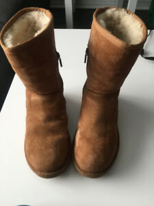 UGG bottes / boots - taille / size : 6