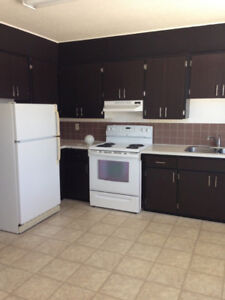 UTILITIES INCLUDED 3 BEDROOM APARTMENT FOR RENT YORKTON, SK