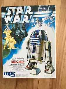 Original R2-D2 model kit in box West Island Greater Montréal image 1