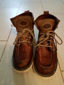 Mens size 8 Dickies boots