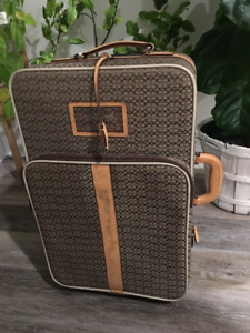 *Reduced* Coach carry on suitcase luggage
