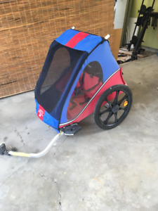 Bike trailer for transporting tots