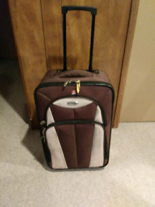 """21"""" Brown rolling suitcase"""