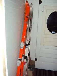 Looking for someone to take bindings off of skis